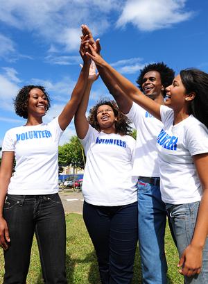 College Advisor: Volunteering Gives You Street Smarts