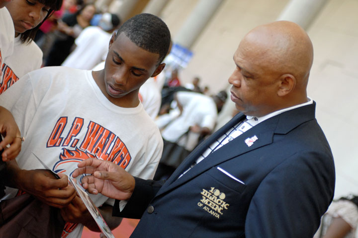 Atlanta Football Classic Makes Impact with Free Community Activities