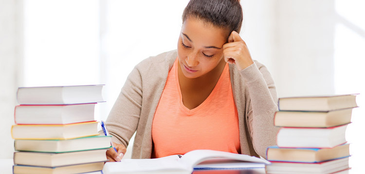 College Textbooks: Top 5 Ways To Cut Your Expenses
